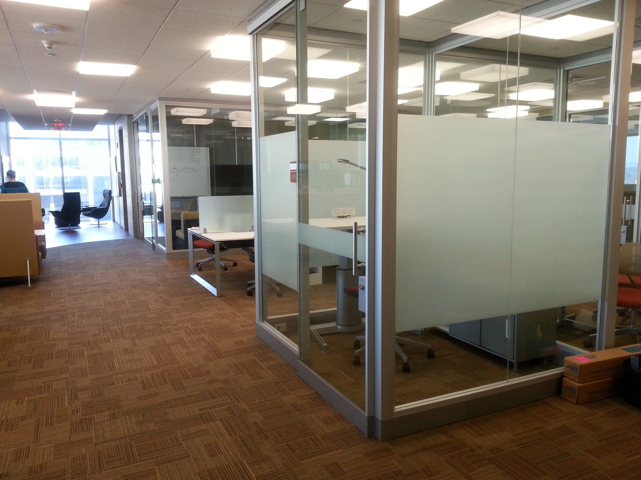 8 Mil Tinted Film Band Office Cubicle